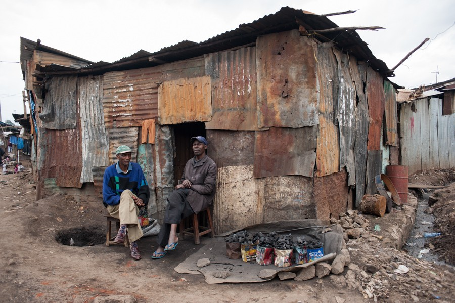 http://rosaverde.org/files/gimgs/th-33_130624-RM-slumsdunk4216.jpg